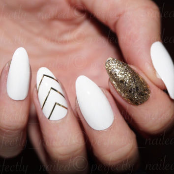 White and Gold • Handpainted False Nails • Fake Nails • Press on Nails • Stick on Nails