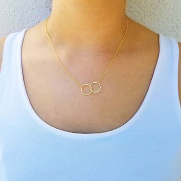 Forever Connected Circles Necklace