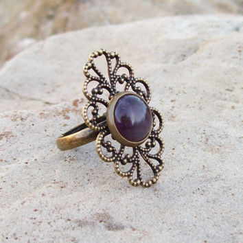 Filigree Ring with Amethyst Cabochon setting - CROWN chakra