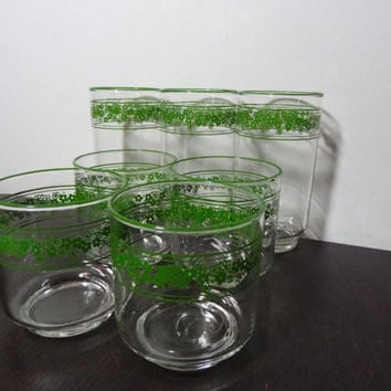 Vintage Corelle Green Crazy Daisy/ Spring Blossom Drinking Glasses - Set of 7