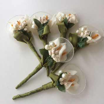 Ivory wedding boutonniere, Groom buttonhole, Groomsmen corsage, Natural Eco Friendly