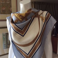 "AUTHENTIC BURBERRY SILK SCARF MADE IN ITALY 34""X34"""