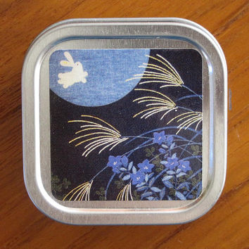 Rabbit and Moon Japanese Design Mini Metal Pill Box