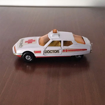 Vintage 1976 Matchbox Speed Kings K-62 Doctor's Emergency Car / Retro Matchbox Car/ Lesney Products Made in England / Ambulance Emergency