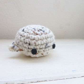 Amigurumi whale, crochet amigurumi, cute mini whale, amigurumi animal, ocean life, ready to ship, crochet whale, beach style