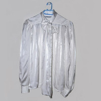 White Pussybow Bow Blouse Vintage Button Up Womens Medium M Solange Mondor