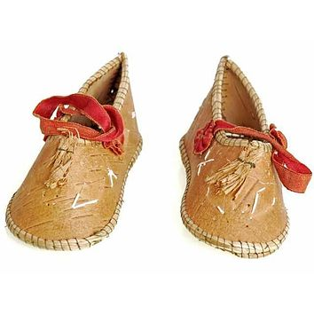 Rare Antique Childrens/ Babies  Shoes Chippewa Indian Bark 1920's