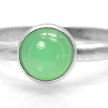 Silver and Chrysoprase Ring, Green Chrysoprase Cabochon in a Dainty Sterling Silver Stacking Ring