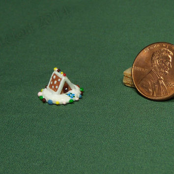 1:48 Dollhouse Miniature A-Frame Gingerbread House - Frosting Dots Roof - 2014 Mini Gingerbread House Series