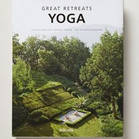 Great Retreats: Yoga by Anthropologie in Green Size: One Size Books