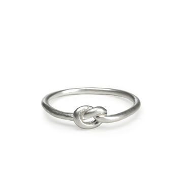 tied and true, love knot ring, sterling silver - size 6 - Dogeared