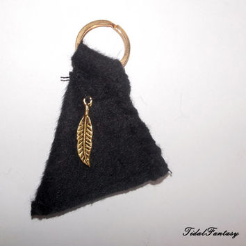 Black keychain - felt keychain - brass keychain - fabric keychain - keychain for women - gift ideas - gold leaf - flowers - triangle