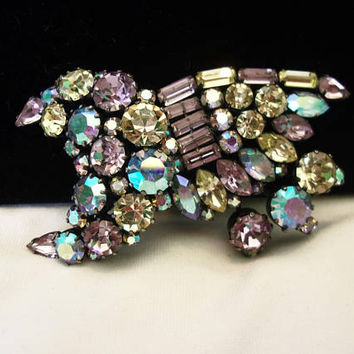 Regency Vintage Estate Celestial Shooting Star Designer Brooch Glass Rhinestone Gun metal Pin