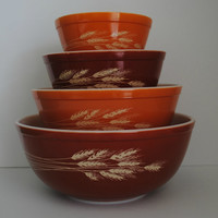 PYREX Autumn Harvest Set of 4 Vintage Mixing Bowls - (#500.41)