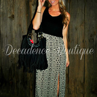 AROUND THE WORLD AZTEC MAXI DRESS IN MOCHA