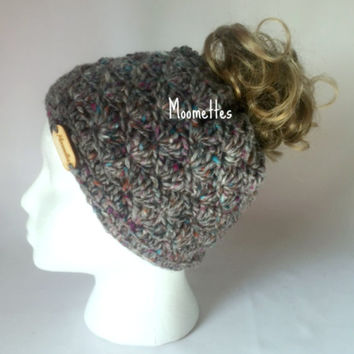 Handmade Irish Wool Messy Bun Hat Grey Tweed Beanie Wood Button Runner Jogger Ponytail Top Knot Shell Crochet Teens Women