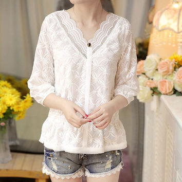 Korean Fashion Women V Neck Peplum Top Three Quater Sleeve Hollow Out Lace Blouse Sweet Girl Casual Loose White Shirt M-XXL