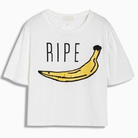 White T-shirt With Banana RIPE Print - Choies.com