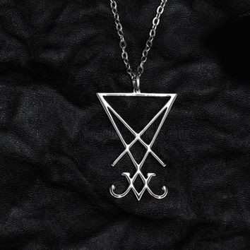 1pcs lucifer sigil pendant necklace Jewelry geometry mysterious necklace TD169