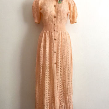 Vintage 1930s hand knitted pink champagne coloured afternoon tea dress with corsage detail