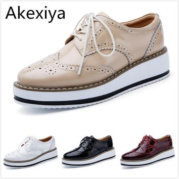 Akexiya Women Platform Oxford Brogue Patent Leather Flats Lace Up Shoes Pointed Toe Cr