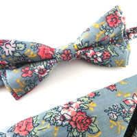 Light Blue Floral Bow Tie and Pocket Square Set, Wedding Bow Tie, Man Bow Tie, Mens Bow Tie