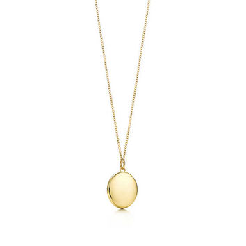 Tiffany & Co. - Oval locket pendant