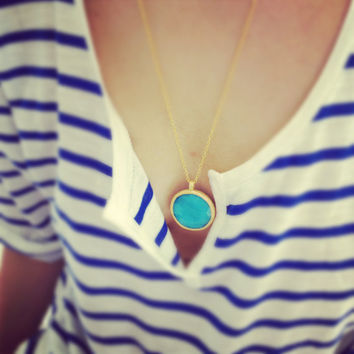 large bold fashion necklace  sea sky blue  faceted jade stone large pendant golden frame long chain fashion israel jewelry