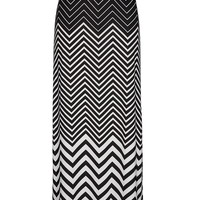 Chevron print pull on maxi skirt