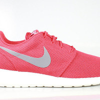 Nike Men's Roshe Run Sports Red