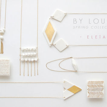 M e l i a - Porcelain square brooch with chevron pattern in fine gold - Geometric jewelry - White & Gold - Eleïa Collection
