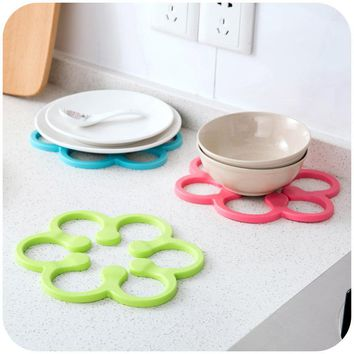 Silicone Heat-Proof Mat Anti-Slip Pot Holder Pan Pad Bowl Plate Dish Placemat Cup Coaster Kitchen Dining Table