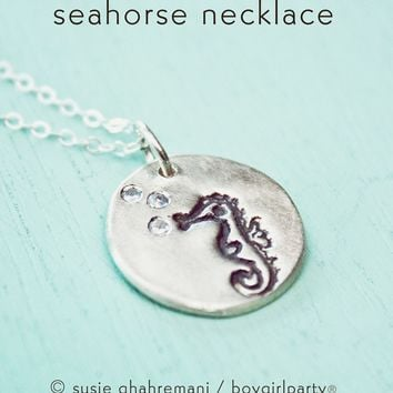 Tiny Seahorse Necklace – Miniature Seahorse Necklace