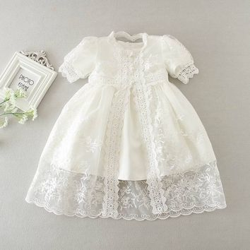 Retail 2016 New Newborn Baby Girl Christening Gown 3pcs Sets Infant Girls Princess Lace Baptism Dress Toddler Baby Clothes E1785