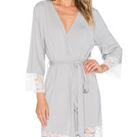 Bamboo Lace Trim Robe in Pumice