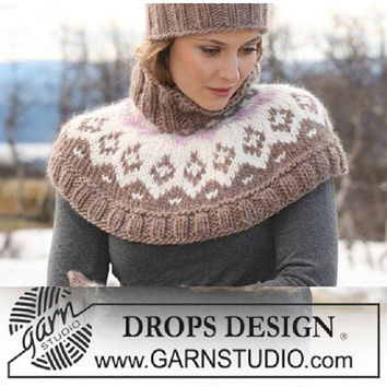 Knitted cowl Nordic poncho crop poncho turtle neck poncho fair isle poncho neck warmer shoulder warmer knitted capelet Lilith