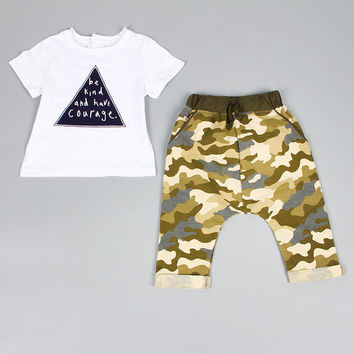 "BOY'S TRIANGLE ""BE KIND AND HAVE COURAGE"" 2 PIECE"