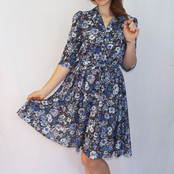 Vintage 70s / 80s does 40s California Looks Blue Floral Shirt Shift Day 50s Dress Tea Dress Sundress 3/4 Length Sleeves Medium Country Folk
