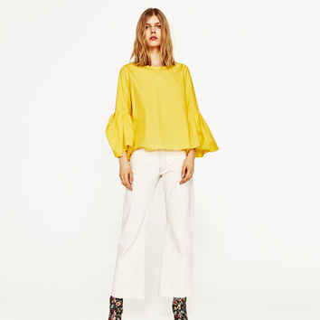 POPLIN TOP WITH PLEATED SLEEVES DETAILS