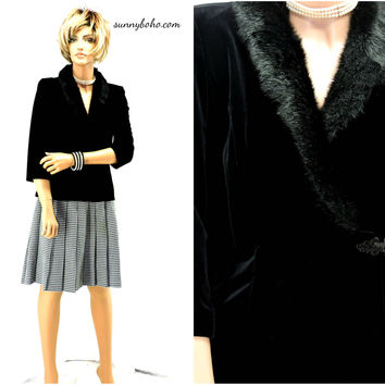 Black velvet faux fur collar top / blouse size S / 80s / 90s Alex Evenings formal black evening jacket / top SunnyBohoVintage