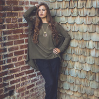 Relaxed Long Sleeve Top in Olive