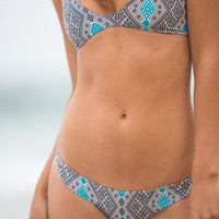 The Girl and The Water - ACACIA YELAPA TOP thai bikini