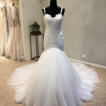 New Style Beach Wedding Dresses 2018 Sweetheart Neck Spaghetti Strap Court Train Appliques Tulle Bridal Gowns mariage