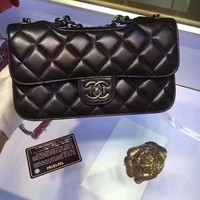 CHANEL WOMEN'S CLASSIC LEATHER CHAIN SHOULDER BAG