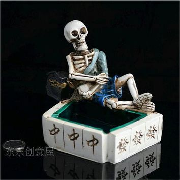Resin crafts creative personality ashtray ashtray mahjong gambler skull ashtray
