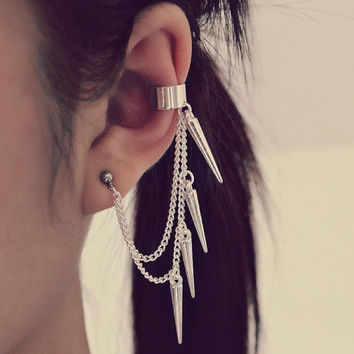 Silver Spiked Cartilage Ear Cuff Earring