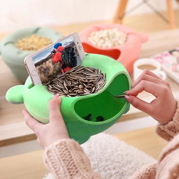 Plastic Storage Box Melon Seeds Nut Bowl Table Candy Snacks Dry Fruit Holder Plate Dish Tray With Mobile Phone Stents