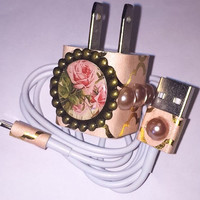 Blush Pearl Flower Iphone 5 6 7 charger