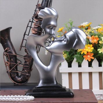 European style wedding creative couple abstract characters sculpture Decoration home jewelry resin crafts wedding gift