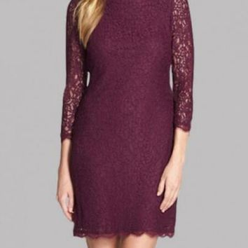 Burgundy Floral Lace Zipper Backless 3/4 Sleeve Plus Size Homecoming Party Mini Dress
